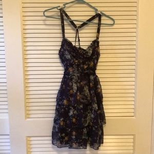 Women's flirty floral ruffle dress